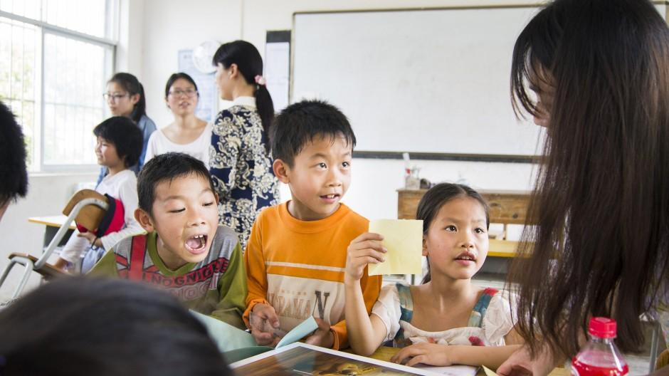 學生問了校長三個有趣問題
