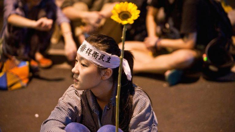 台灣學者吳介民:台港兩地共同面對的中國因素(圖片:亞新社)