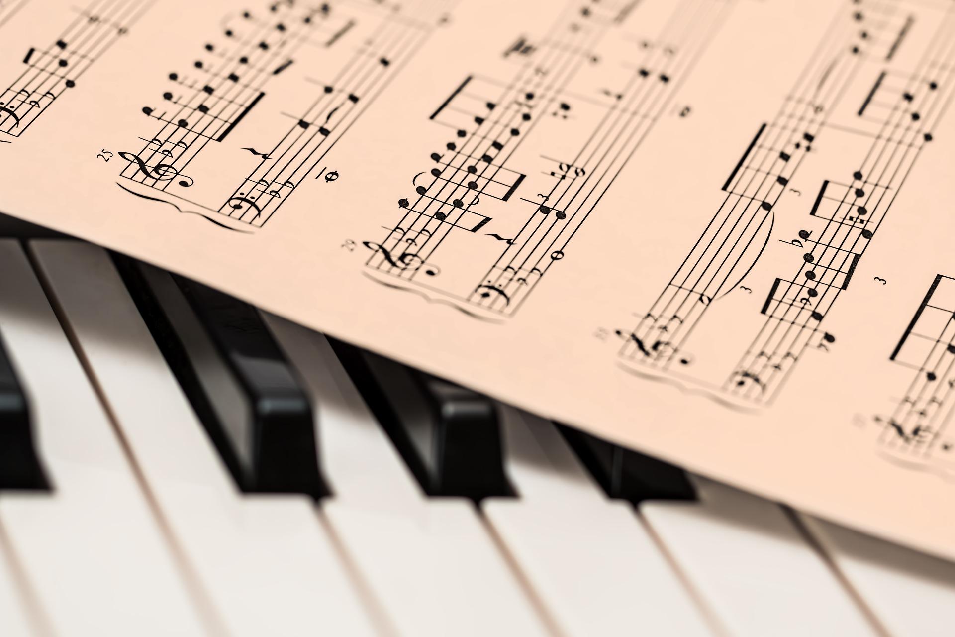 全面發展學生的「音樂技能」的學校不多。(Pixabay)