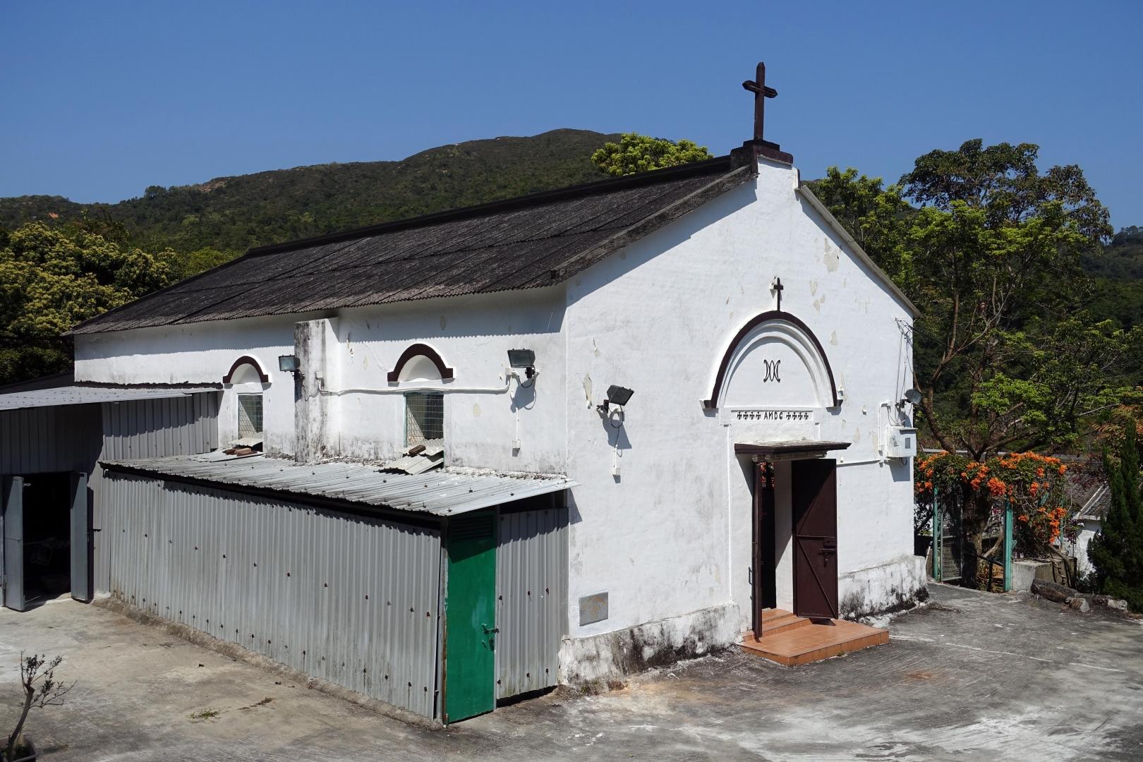 聖母無玷之心小堂的歷史可追溯至1880年,其後經歷重建和重修。