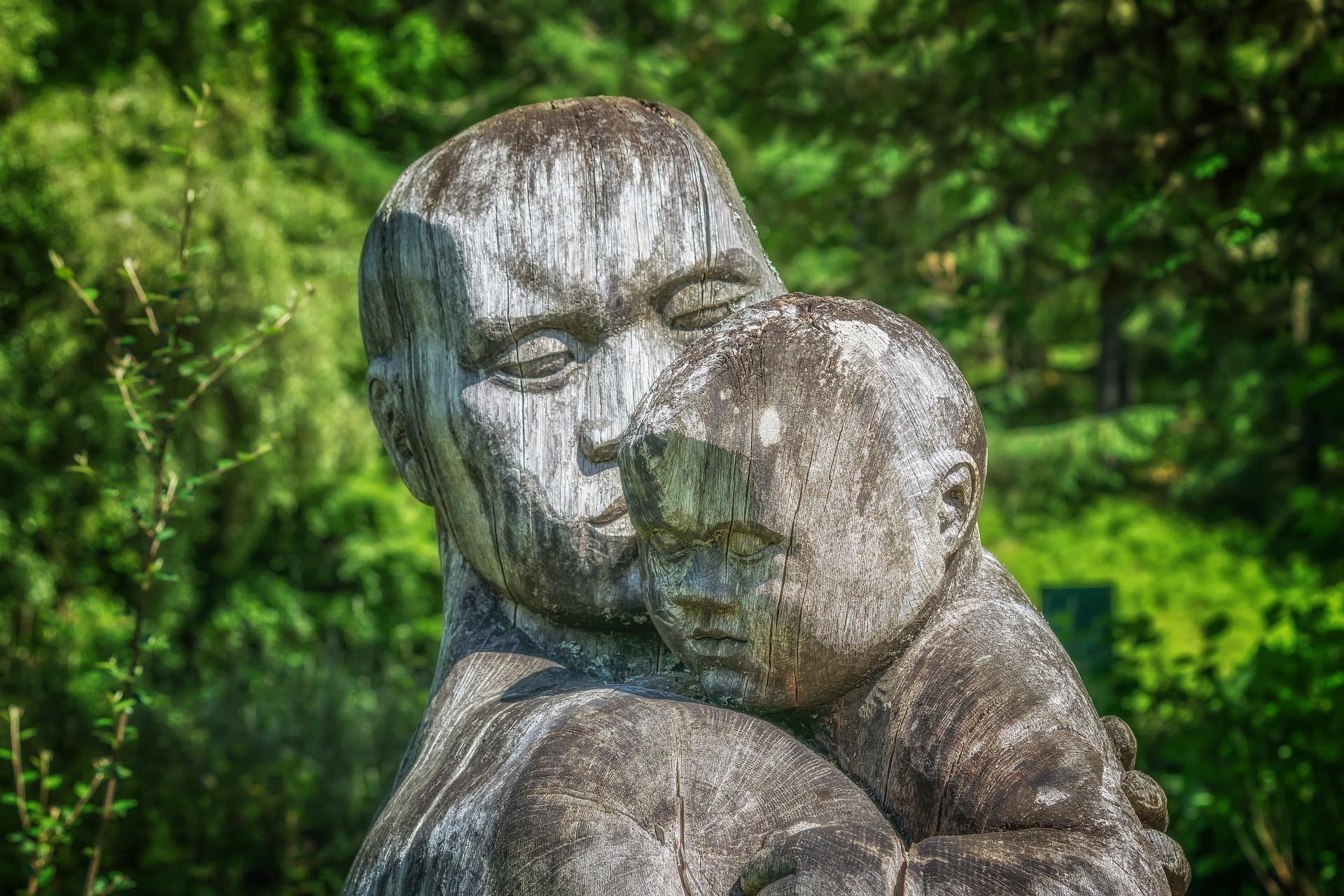 普天下的父母都希望孩子在幸福快樂的環境下成長。(Pixabay)