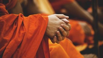 有個人際遇不暢順的逆境,也有社會文化、文化劫數的逆境,佛家稱為共業。(Pixabay)