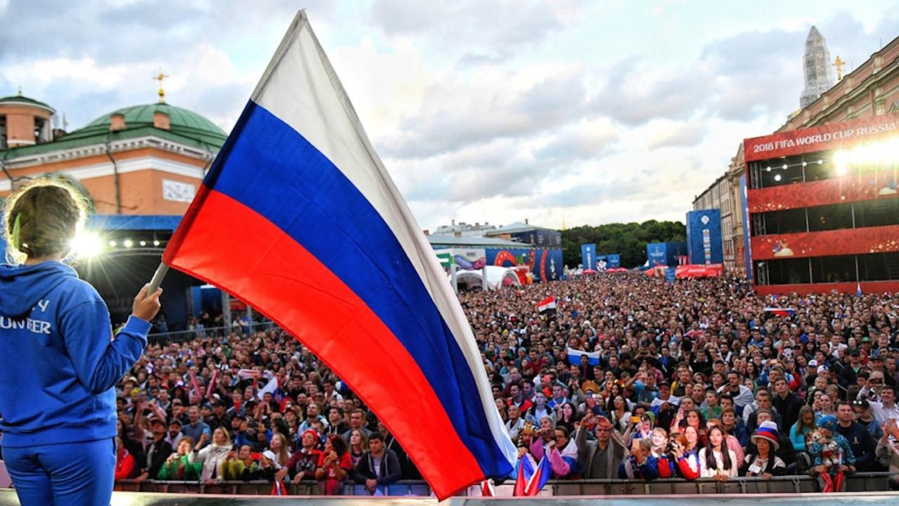 俄羅斯這個極不受美國和歐洲喜歡、處處受西方排擠的國家,目前成為最熱烈討論的國家。(FIFA World Cup Facebook)