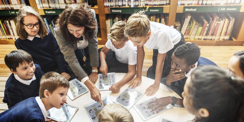 現在北歐一些國家也開始發展職業先修學校,讓年輕人早點發展自己熱愛的專案或科目,基本沒有專科中學等於學師仔或讀書不成的標記。(Shutterstock)