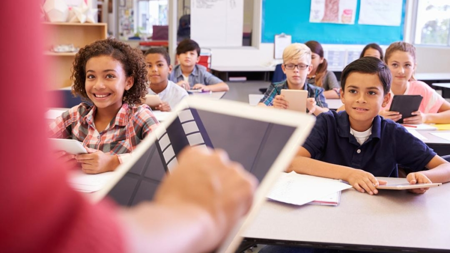 全世界的教師,其實都有自己的一套教學理念和方法。(Shutterstock)