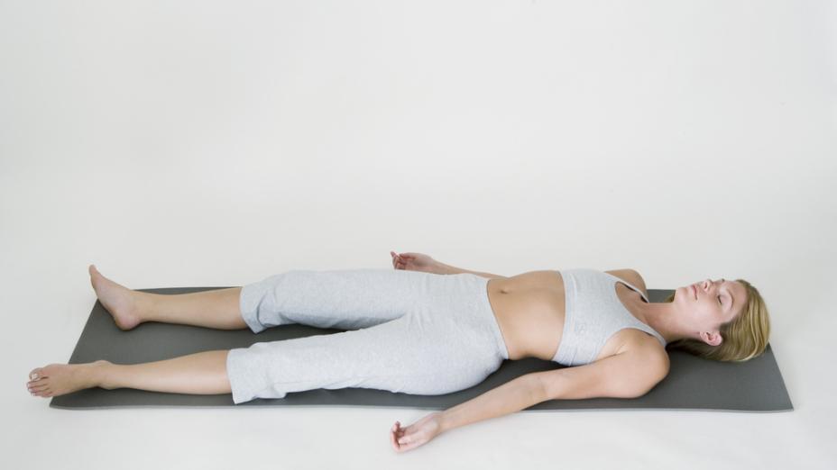 採用臥式呼吸法,內養氣息,調氣寧神,可收防病療疾之效。(Shutterstock)