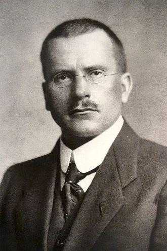 榮格是首位定義心理學中「內向性與外向性」者之一。(Wikipedia Commons)