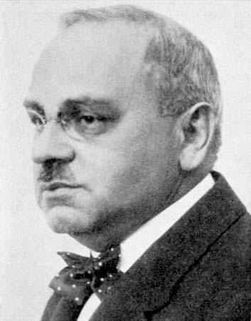 阿德勒為精神分析學派內部第一位反對佛洛伊德的心理學體系,由生物學定向的本我轉向社會文化定向的自我心理學。(Wikipedia Commons)