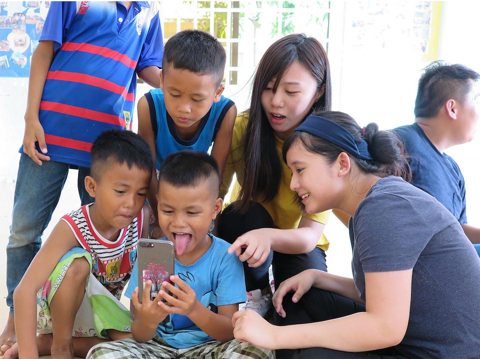 恒管學生遠赴柬埔寨體驗生活。
