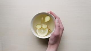 熱薑水治頭痛