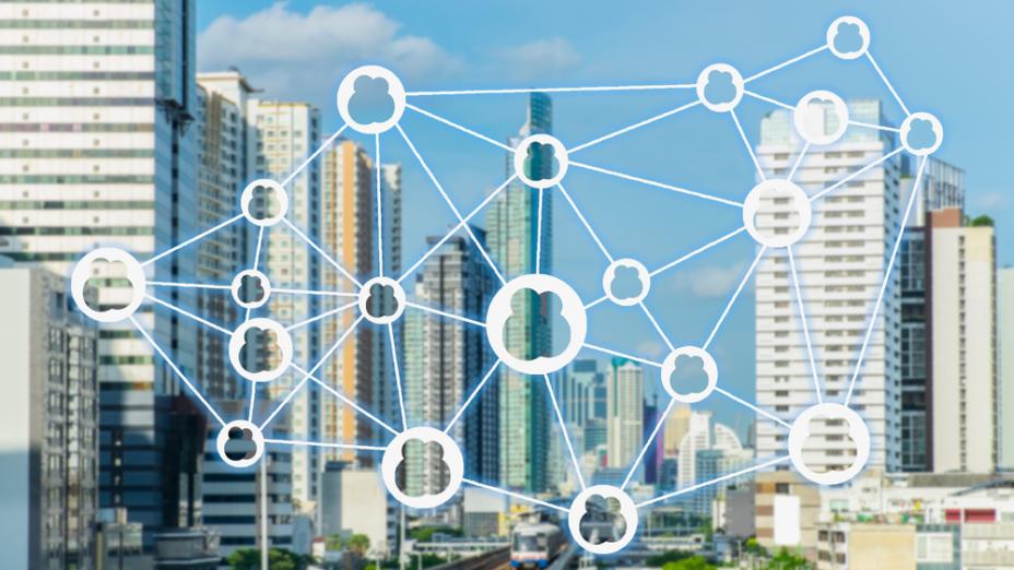創科產業有如「逆水行舟,不進則退」,若然本地創科法律未能同步配合的話,恐怕香港會淪為二、三綫城市。(Shutterstock)