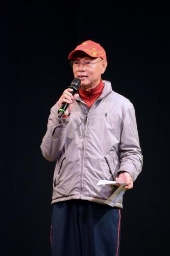 文武生是台柱,是一台戲的男主角,自然成為不少戲行中人的目標,羅家英也不例外。