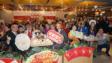 40位區區開年飯參加者聚首於銅鑼灣翡翠明珠廣場Festiva大家樂分店享用開年盆菜。