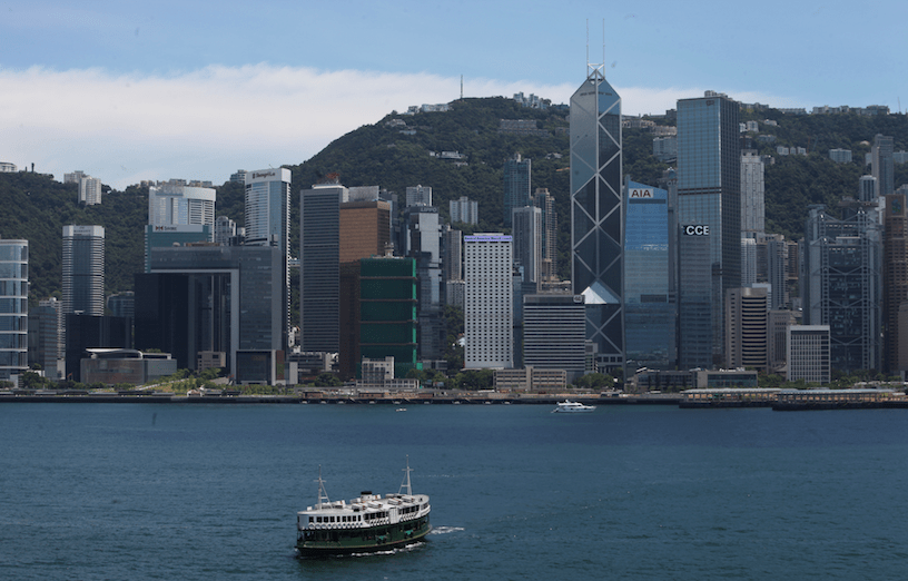 中央政府首先要堅決維護香港的法治和司法獨立,這是香港要成為國際法律中心的基本保證。(亞新社)