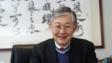 施永青說,在美國壓抑中國的同時,可以預見香港樓市相對穩定,所以政府應要放寬,讓想換樓的人士入市。