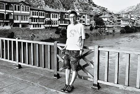 在編電視劇訓練中,使我受惠最多的是亦師亦友的吳昊。(香港文化資料庫)