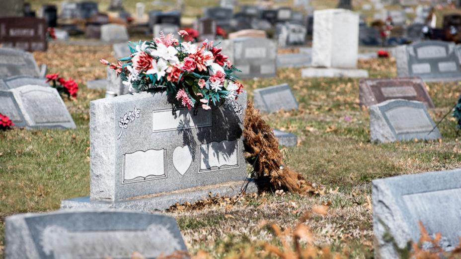 死不足畏,重要的是活着時要看開生死,凡事不計較,把握現在努力付出,這樣的人生絕無後悔。(Shutterstock)
