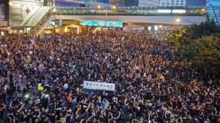 歷史性200萬人怒吼 林鄭被迫道歉 Historical 2 Million March Forces Carrie Lam to Apologise