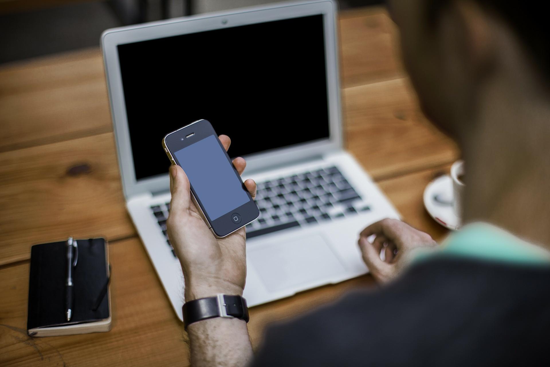 現時有「專注森林」(Forest)的APP,可以在特定時間內阻止被手機干擾。(Pixabay)