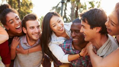 來到美國就應該入鄉隨俗,用美國人熟悉的邏輯來討論事情。(Shutterstock)