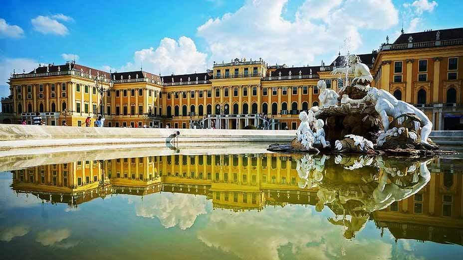 維也納美泉宮 Vienna's Schloss Schonbrunn