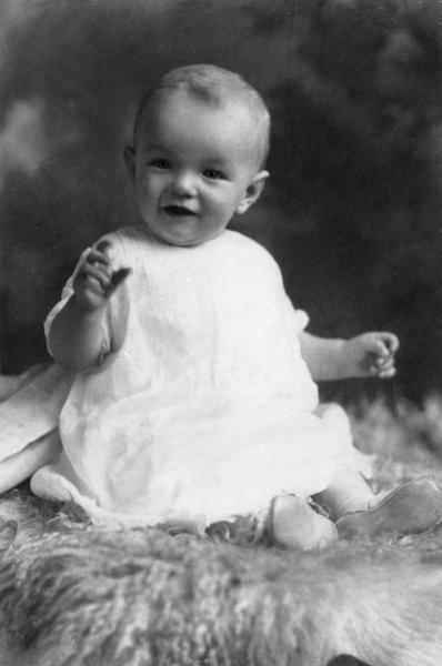 1926年6月1日,夢露出生於洛杉磯縣立醫院,作為私生女,她沒有享受過哪怕一天「快樂的童年」。(Wikimedia Commons)