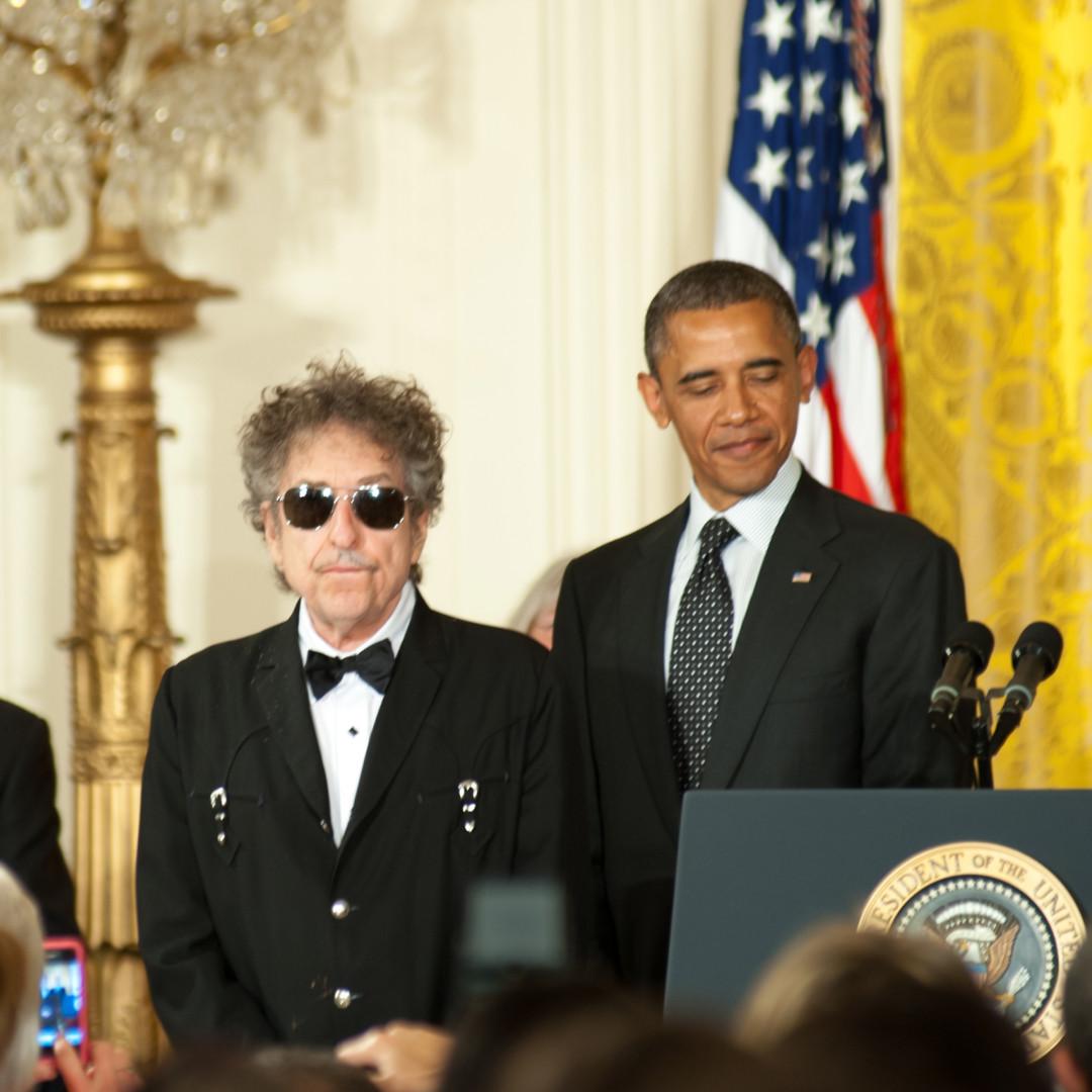 喬布斯以至奧巴馬都是著名反戰歌手Bob Dylan的粉絲。(Shutterstock)