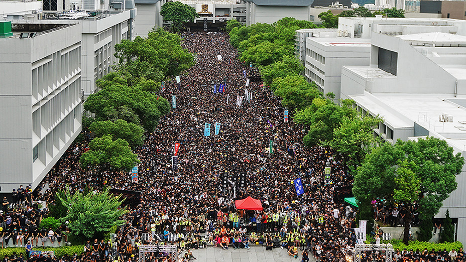 學界罷課集會 逼爆百萬大道 無懼風雨 Class Boycott Rally Floods Million Chinese Univ Quad, Undaunted by Wind & Rain