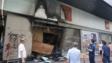 旺角小米旗艦店被燒至燻黑,閘門被燒毀。