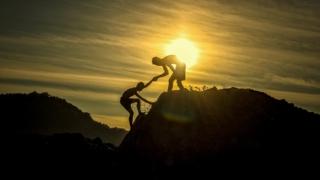 攀爬傳承金字塔
