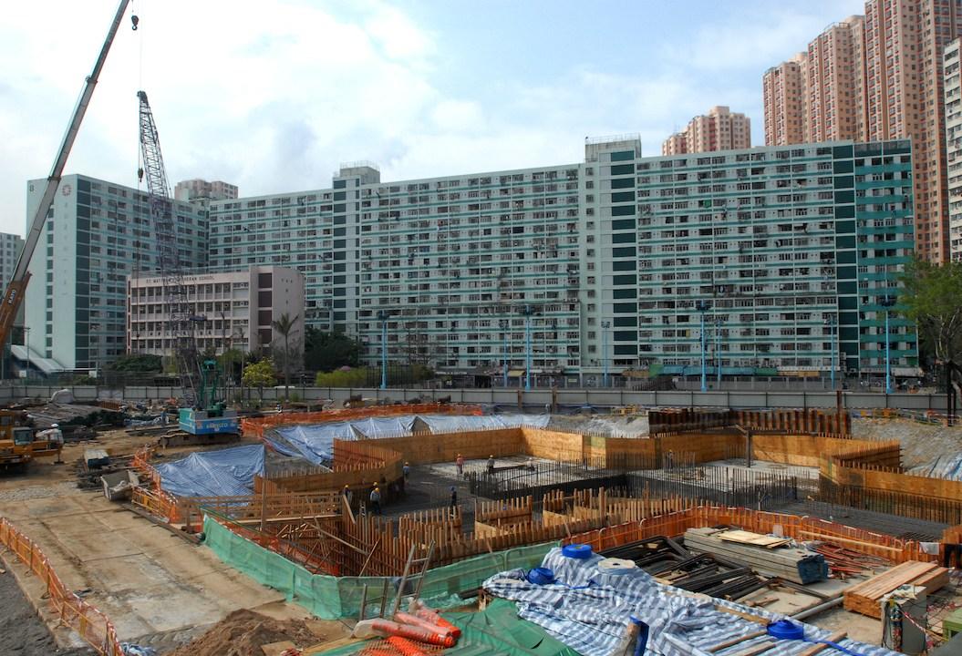 今次政府的目標明顯訂得更高,並加入「百分百」用作發展公營房屋的限制。(亞新社)