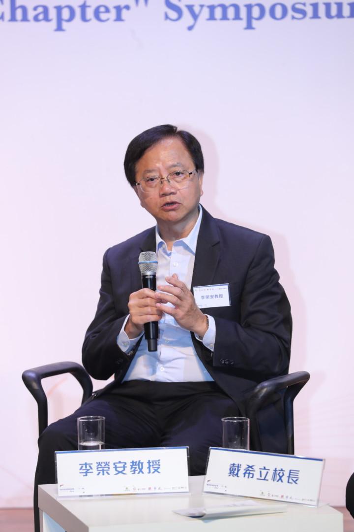 李榮安說,香港教育改革的優點是沒多想便去做,雷厲風行。
