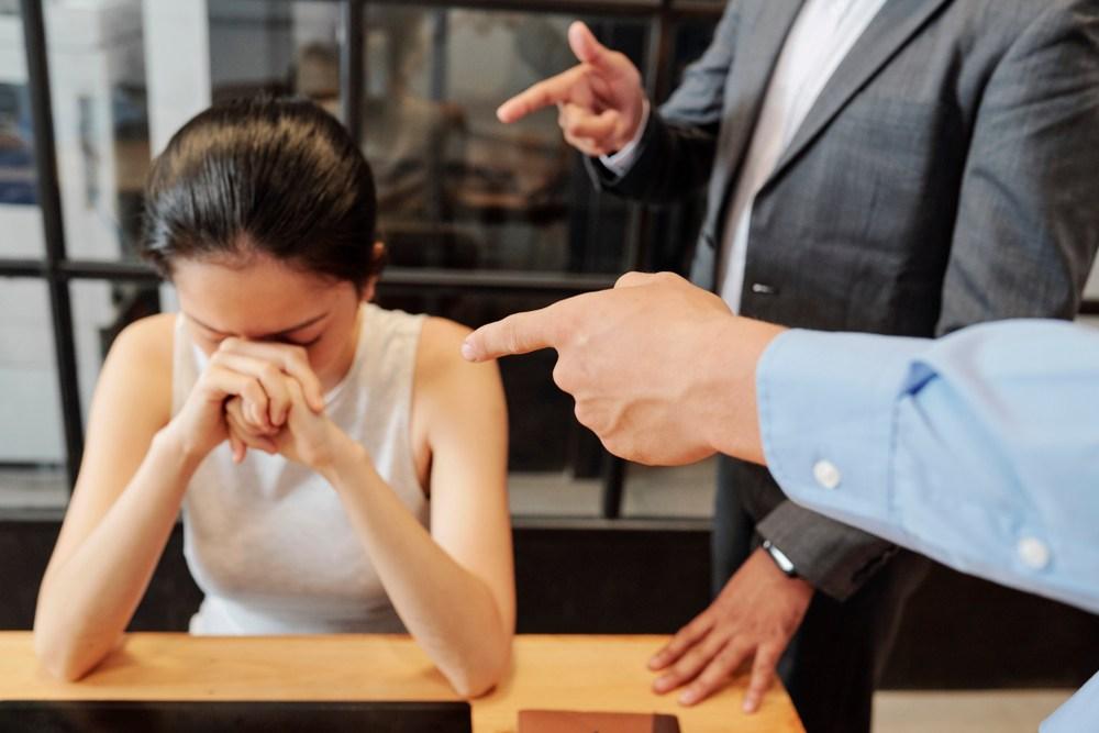 怪別人,抱怨別人, 只會增加自己的怨氣, 讓自己心累。(Shutterstock)