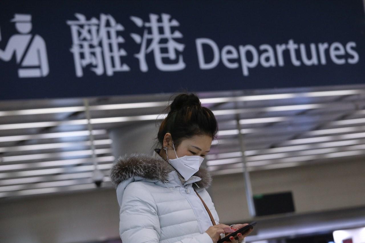 截至今天下午4時,161人需要進行強制檢疫,包括143名香港居民,18名非香港居民。(亞新社)