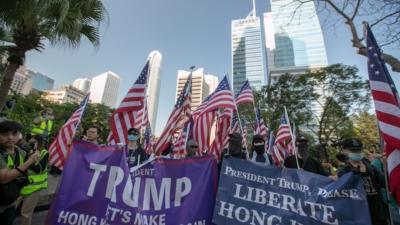美國企圖合多國之力圍堵小小的香港,項莊舞劍,意在沛公。美國顧忌誰,想打擊誰,其目標昭然若揭。(亞新社)