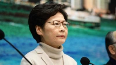 行政長官林鄭月娥表示,向緊守崗位的醫護人員致敬。(亞新社)