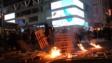 示威者在旺角亞皆老街縱火。