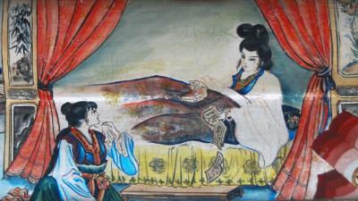 《紅樓夢》中林黛玉(右)所作的詩,有些不像是10來歲女孩子的作品,除非她是一位神童。(Wikimedia Commons)
