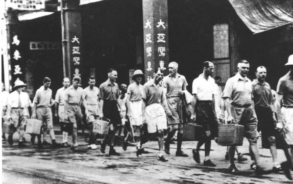 試題風波揭示了香港歷史教育的目標不清,歷史科到底應該教學生什麼?(Wikimedia Commons)