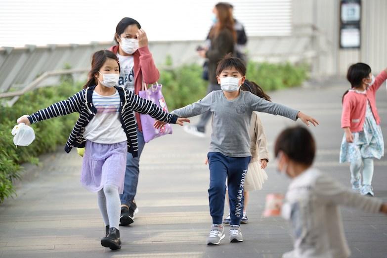 疫情持續下,幼兒班以至高班的退學潮湧現,無論獨立私園或非牟利幼稚園均受衝擊,收入大減。(Shutterstock)