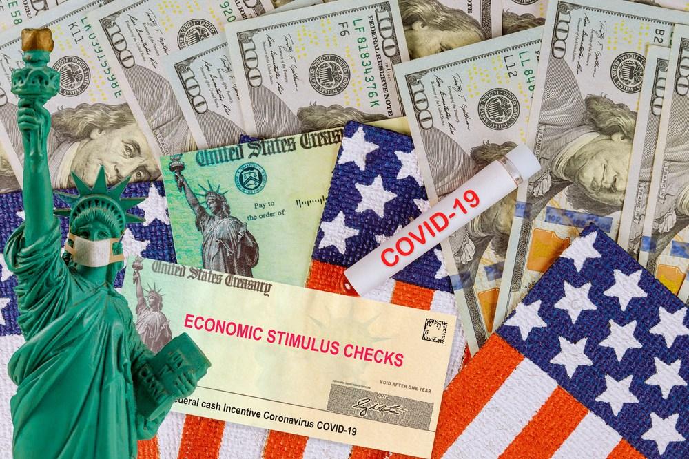 2020年財赤達4萬億美元,美國第一,無異議。(Shutterstock)