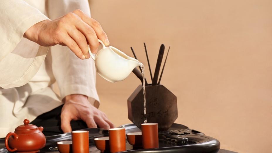 養生以靜為旨。飲食有節求心靜,臟腑便能安然。(Shutterstock)
