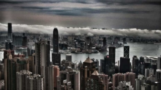 "風暴將臨 – 香港一國兩制終結?Storm Approaching – End of Hong Kong's ""One Country Two System""?"