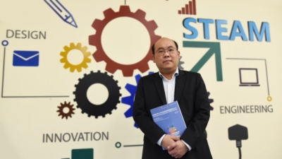 香港科技創新教育聯盟副主席周文港博士表示,數據顯示香港的中小學生自評喜歡科學相關學科,亦都同意對科技發展感到十分有興趣。