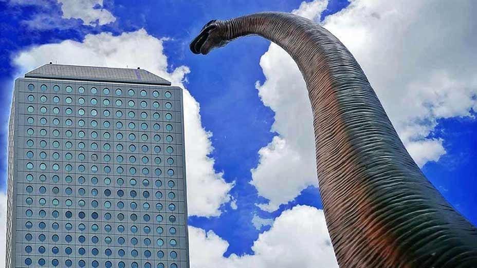 恐龍入侵香港?Dinosaurs Invade Hong Kong?