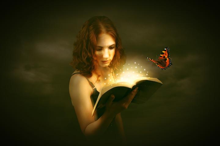 文學與藝術,使我們看見現實背面更貼近生存本質的一種現實。(Pixabay)