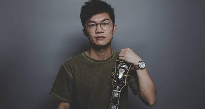 關家傑說:「我很幸福,站在香港音樂的谷底,絕望的另一端是希望吧。」