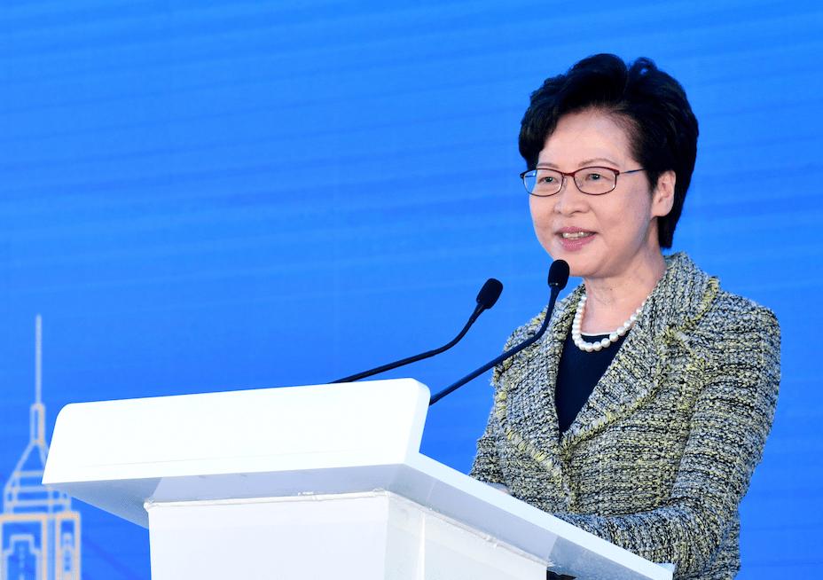 林鄭周二否認鄭若驊對私人檢控的干預是出於政治動機,如果你相信她仍然在管治香港的話。(亞新社)