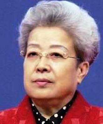吳儀為外經貿部部長(1993—1998)、國務委員(1998—2003)、副總理(2003—2008),退休後潛心研究中醫藥。