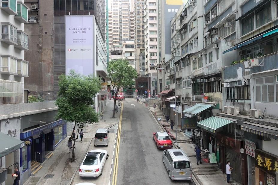 見證英軍佔領和180年香港歷史的上環水坑口街。(灼見名家圖片)